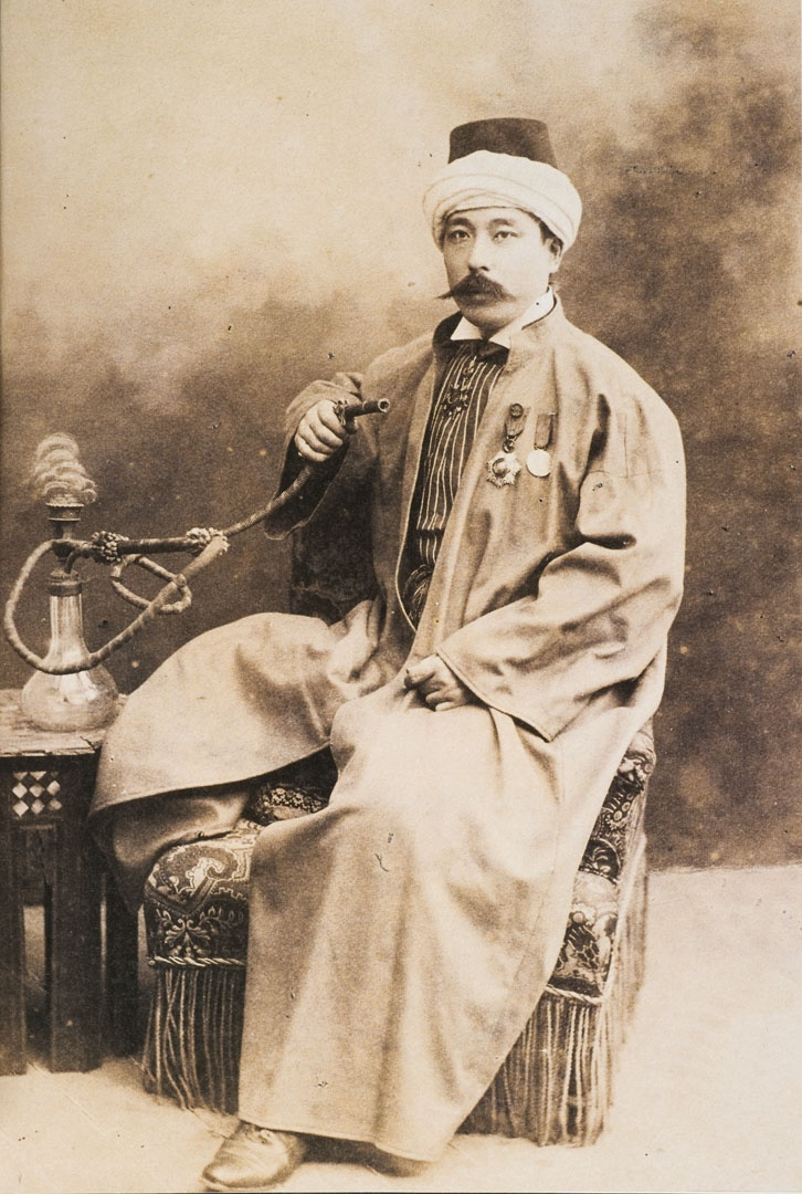 Yamada Torajiro (1866-1957) in traditional Ottoman, an important pioneer in the history of Turkish-Japanese relations and enamored with the everyday life and beauties of İstanbul, Torajirō remained in the imperial capital for almost twenty years, was witness to the history of the Hamidian era of autocratic conservatism and the subsequent dramatic transition to constitutionalism that came with the Young Turk revolution of 1908.