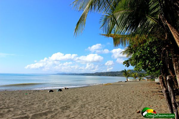 View from a beach front property for sale in Puerto Armuelles Panama. It is part of the intimate beach community of Playa Esperanza. Playa Esperanza is only 5 minutes from downtown.