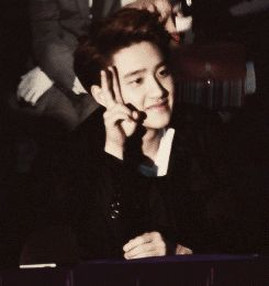 I don't know how many times I pin it, but this Kyungsoo gif is too squishy you know