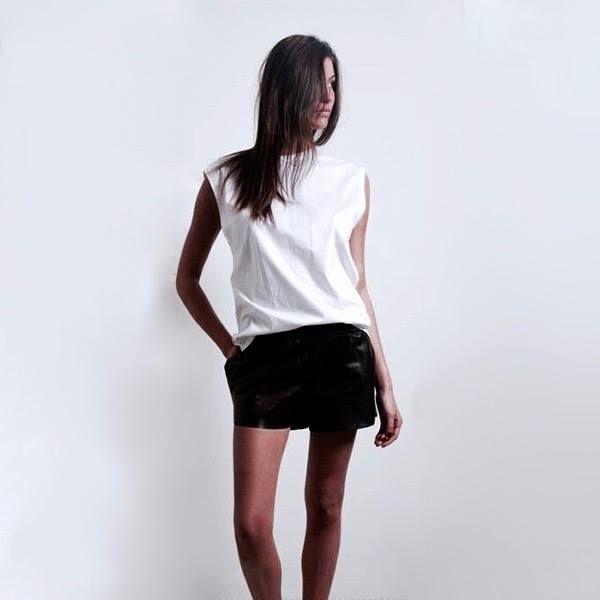 #short #girls #women #cuir #sexy #summer #paris #fashion #mode #modeinparis #beautiful #white #shooting #followus