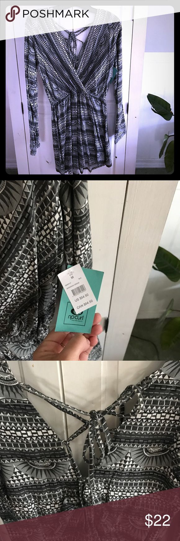 Rip Curl grey and white print dress Brand new with tags, never worn. Beautiful grey black and white print long sleeve dress with Lace up back detail. Slightly sheer, could be used as a going out dress or super fun beach cover up. Rip Curl Dresses Long Sleeve