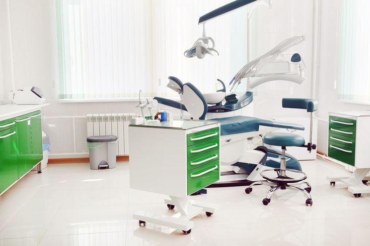 Tendencias de decoración en clínicas dentales. Un repaso por los mejores materiales para emprender un proyecto de diseño o reforma de un centro dental. #MWMaterialsWorld #decoraciónclínicasdentales