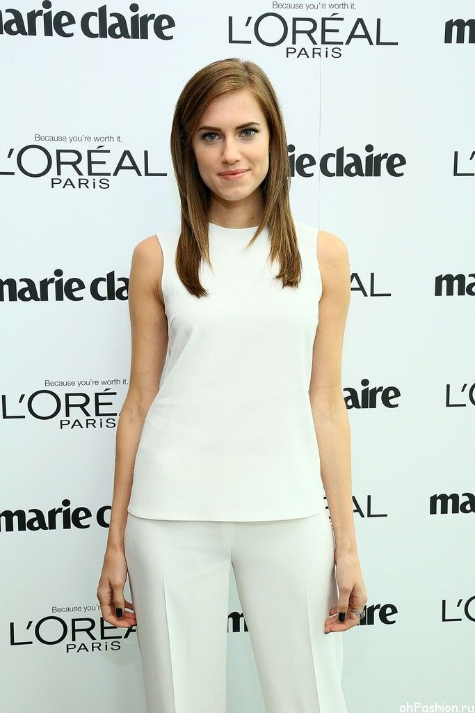 Актриса Эллисон Уильямс на обеде Marie Claire's 30 октября 2013 в Нью-Йорке