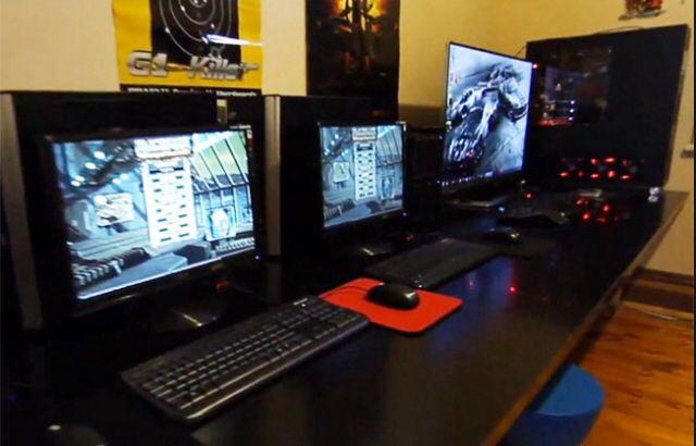 Pc gaming room setup