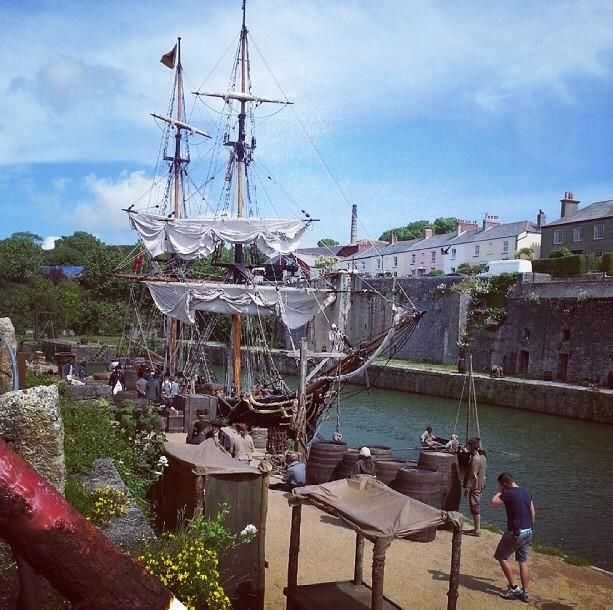 Via Poldarkrooms @poldarkrooms - Two more photos via fenteroonholidaycotts Instagram #Poldarkfilming #Charlestown #Cornwall #Poldark #tallships