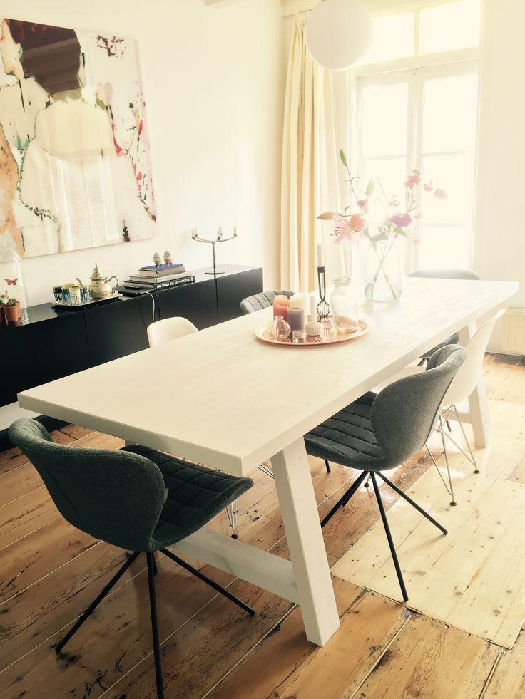 A framed van Zuiver Met OMG  230 white