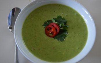 Doperwten soep met een Oosters tintje