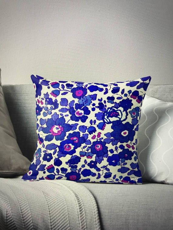 Coussin floral Cushion