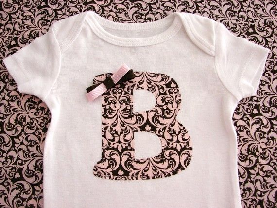 bonita blusa: Chocolate Damask, Baby Girls Clothes, Girl Clothes, Initial, Personalized Bodysuit, Damask Personalized, Girl Toddler