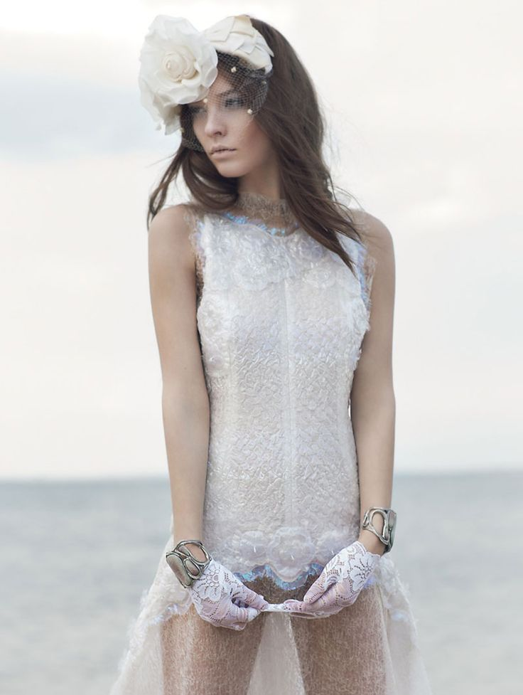 bubble wrap dress!? love!