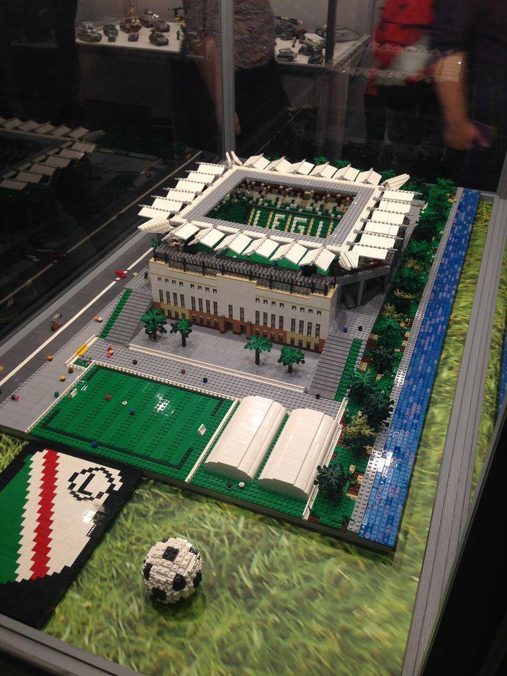 Lego - stadion Legii http://www.flickr.com/photos/25786065@N04/24304330334/