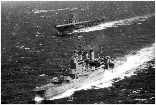 HMS Renown and HMS Ark Royal  hunting Bismarck 1941