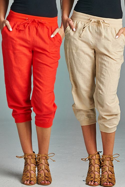 Stitch Fix Summer - love these jogger style casual capris and sandals. Not a fan of the red/orange but the khaki are cute!