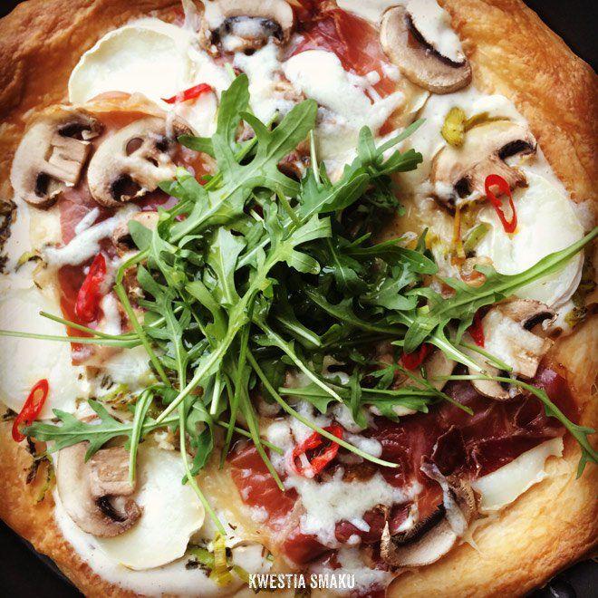 Tarta à la pizza na cieście francuskim