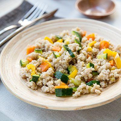 Cous cous di grano saraceno con peperoni, carote e zucchine - senza glutine