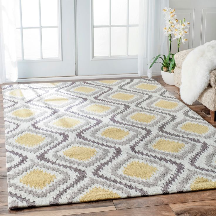 white modern rug. quality meets value in this beautiful modern area rug. hand-hooked with polyester to white rug r