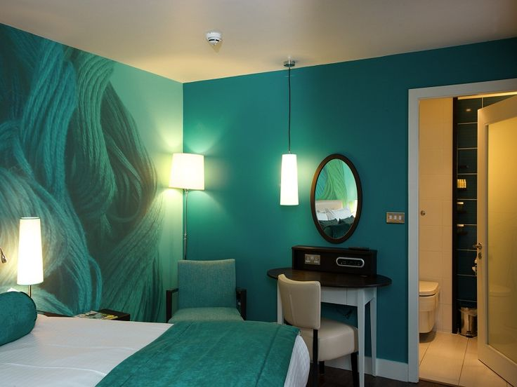 Paint wall ideas amazing relaxing dragonfly green wall for Wall designs with paint for a bedroom