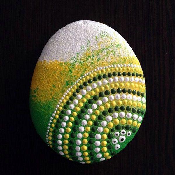 DIY Mandala Stone Patterns To Copy (21)