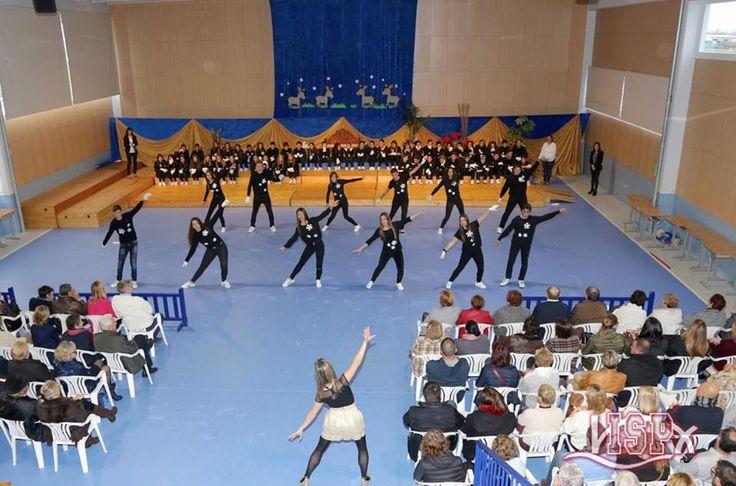 Ayer se celebró el #FestivalNavidadISP2016 con los grupos entre 2º y 5º de #PrimariaISP y los de #SecundariaISP. La interpretación de los participantes ha sido genial y los mayores han aportado un toque de frescura con sus animadas coreografías. ¡Muchas gracias por vuestra asistencia! #NavidadISP
