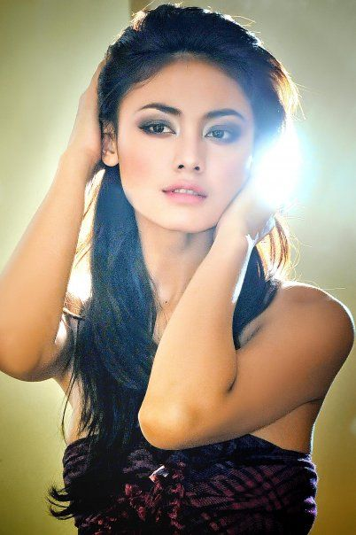 Whulandary Herman-Puteri Indonesia Leads Asian Team - Ms. Universe Pageant