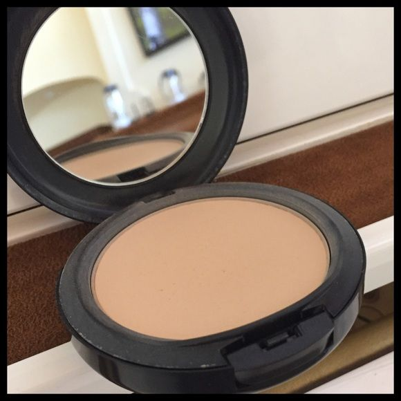 MAC Studio Fix Powder MAC Studio Fix Powder. This has been lightly used!  Color is NC25 MAC Cosmetics Makeup Face Powder