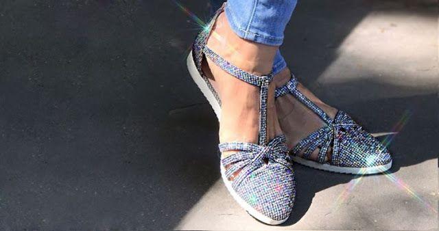 La zapatilla de deporte SJP es la primera de su clase en la colección de la celebrity