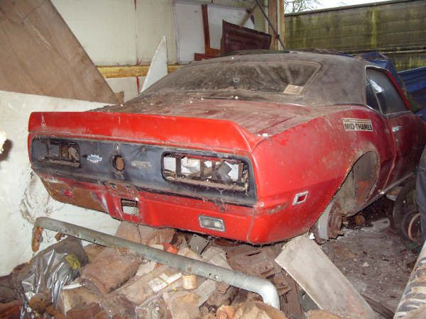 camaro barn find don 39 t mess with auto brokers or sloppy open transporters start a life long. Black Bedroom Furniture Sets. Home Design Ideas