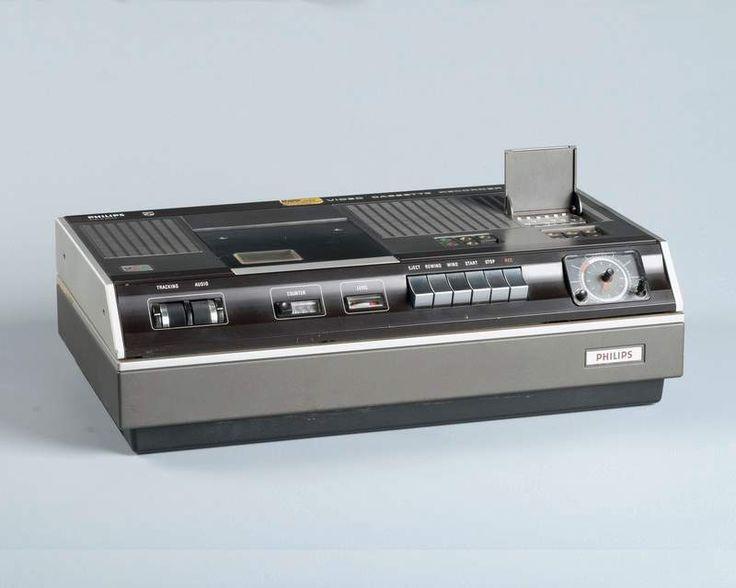 Philips N1501 videorecorder in Beeld en Geluid