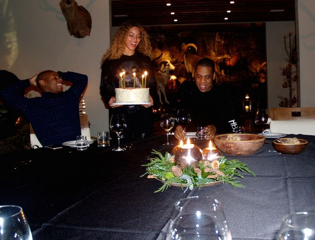 And of course, there was a cake. | Beyoncé And Jay Z Graced Iceland With Their Presence For Jay Z's Birthday