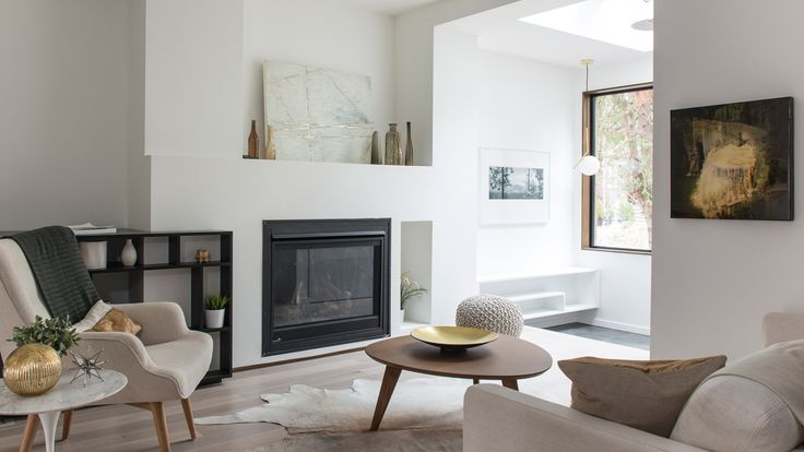 A 1905 home in Toronto has been updated by local developer Baukultur/ca to discreetly complement its traditional neighbourhood on the shore of Lake Ontario.