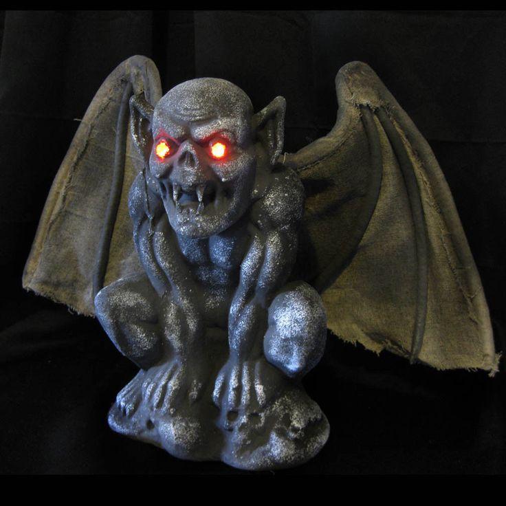httpwwwebaycomitmgothic gargoyle bat lighted eyes scary halloween party haunted house prop 231647196457hashitem35ef3fb529 pinterest gothic - Scary Halloween Props