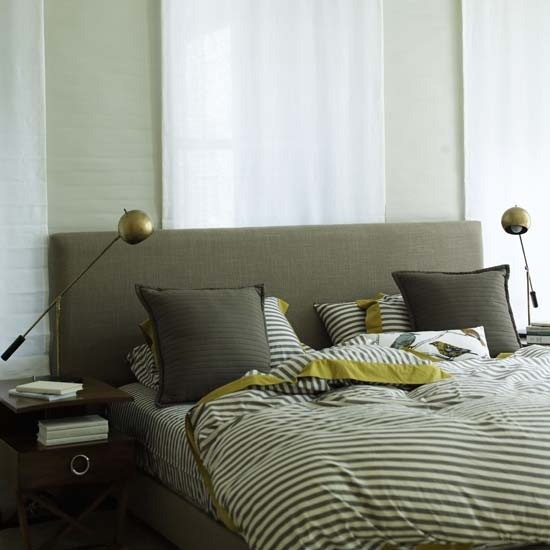 Gender Neutral Bedroom. From newcombhome.blogspot.com
