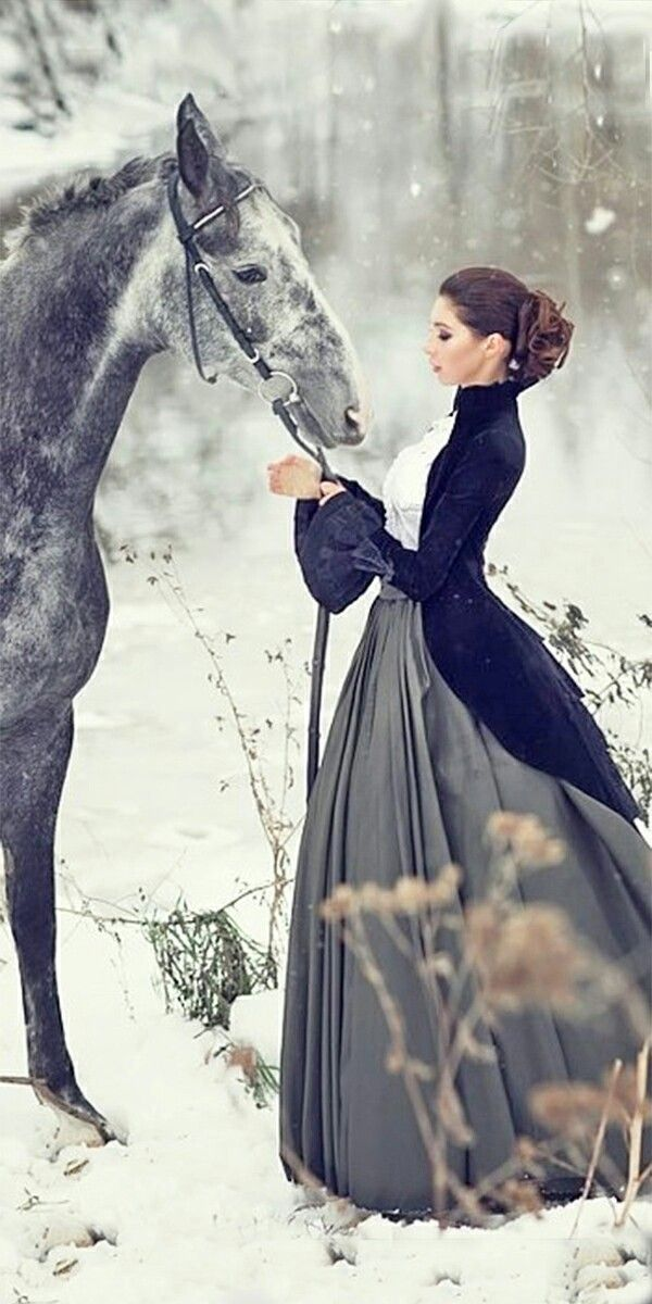 Woman and horse #womensGothicdress