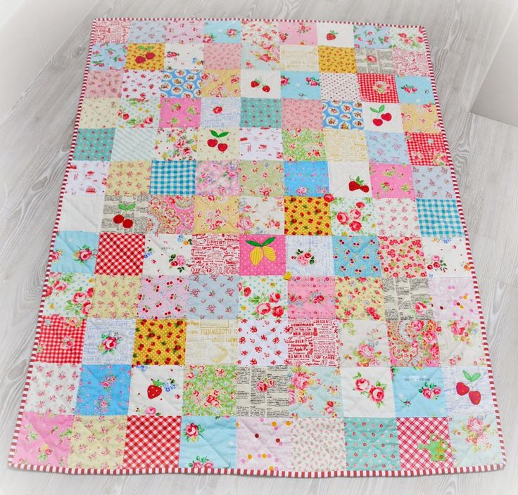 @  Helen Philipps: Scrappy Summer Quilt - with hand applique and quilting