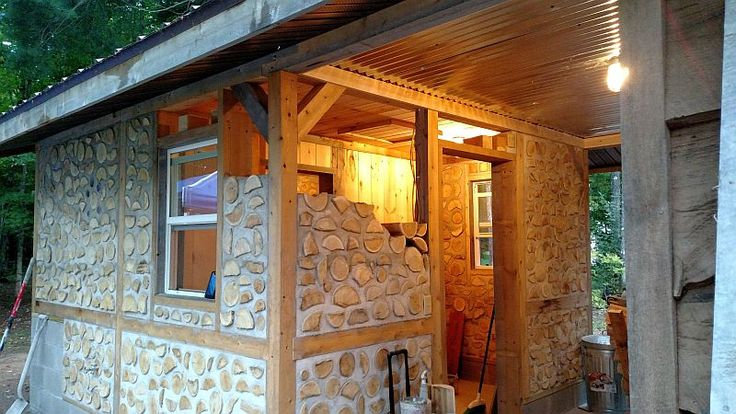 Yoopers & Finns love a good sauna! Here are photos and descriptions about the cordwood sauna that Craig Williams and Kathy Binoniemibuilt in Negaunee, Michigan in 2016. Fantastic work using …