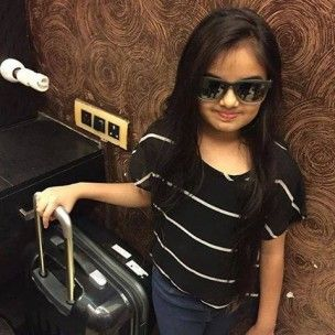 Ruhanika Dhawan (Actress) Profile with Bio, Photos and Videos - Onenov.in