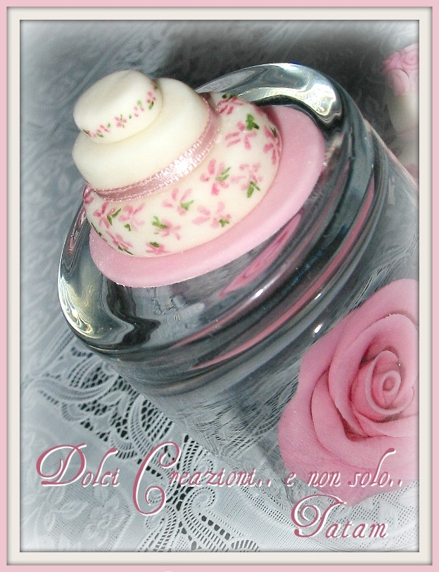 "Miniature cake dipinte a mano nei toni del rosa ""shades of pink"""
