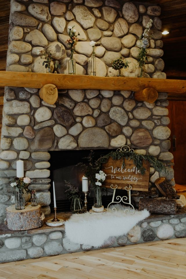 wedding planner, kismet and clover, canmore and banff wedding planner, rustic wedding, vintage wedding, wedding decor, reception decor, tabletop decor, lavender and gold, centerpiece