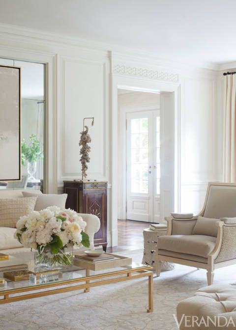 Decades of decorating trends and a succession of owners—notably Consuelo Balsan, née Vanderbilt, former duchess of Marlborough—had each put their stamp on the house.