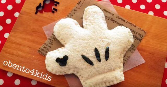 キャラ弁「ミッキーの手袋サンドイッチの作り方」|動画&レシピ