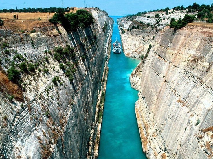 Corinth Canal (I think)Amazing, Buckets Lists, Favorite Places, Bung Jumping, Canal Greece, Aegean Sea, Beautiful Places, Travel, Corinth Canalgreec