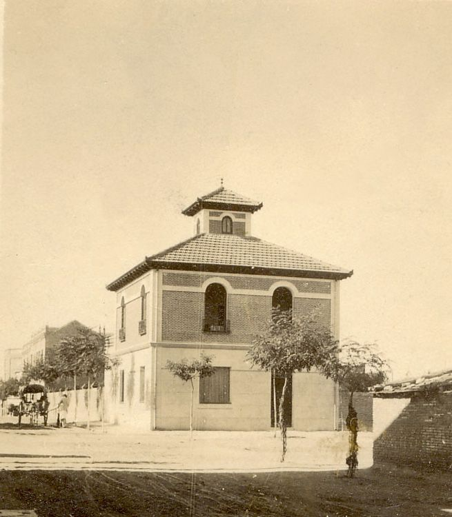 1920. Hoy calle Hermanos de Pablo, aproximadamente en el número 13. (Ciudad Lineal.