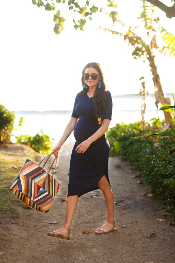 Celeb maternity style at the beach | World wide web ...