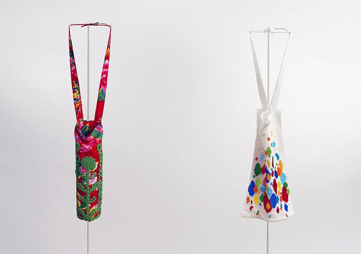 Daniel Kruger. Necklace: Untitled, 2017. Cotton fabric, glass beads, glass bead embroidery.. 23 x 5 x 5 cm (left), 27 x 14 cm (right). Photo by: Thilo Härdtlein.