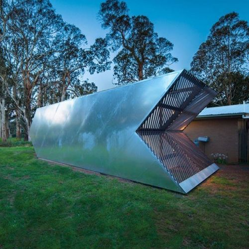 Our #ProjectOfTheDay is Arrow Studio by Nervegna Reed Architecture/ Built in just ten days this project was conceived as an out of focus reflective vortex in the Australian landscape/ The client wanted to build a small gallery where he could hang paintings and photos/ Discover the full project on Architizer.com . . . . #architizer #architecture #gallery #studio #vortex #nervegnareedarchitecture - Architecture and Home Decor - Bedroom - Bathroom - Kitchen And Living Room Interior Design…