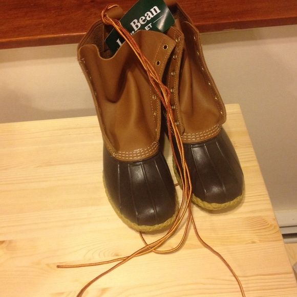 """Men's size 10 L.L. Bean 8"""" duck boots New w tags L.L. Bean mens duck boots size 10 new 8"""" duck boots  Handcrafted made in Maine  Authentic bean boots, high quality, durable And made to last L.L. Bean Shoes Winter & Rain Boots"""