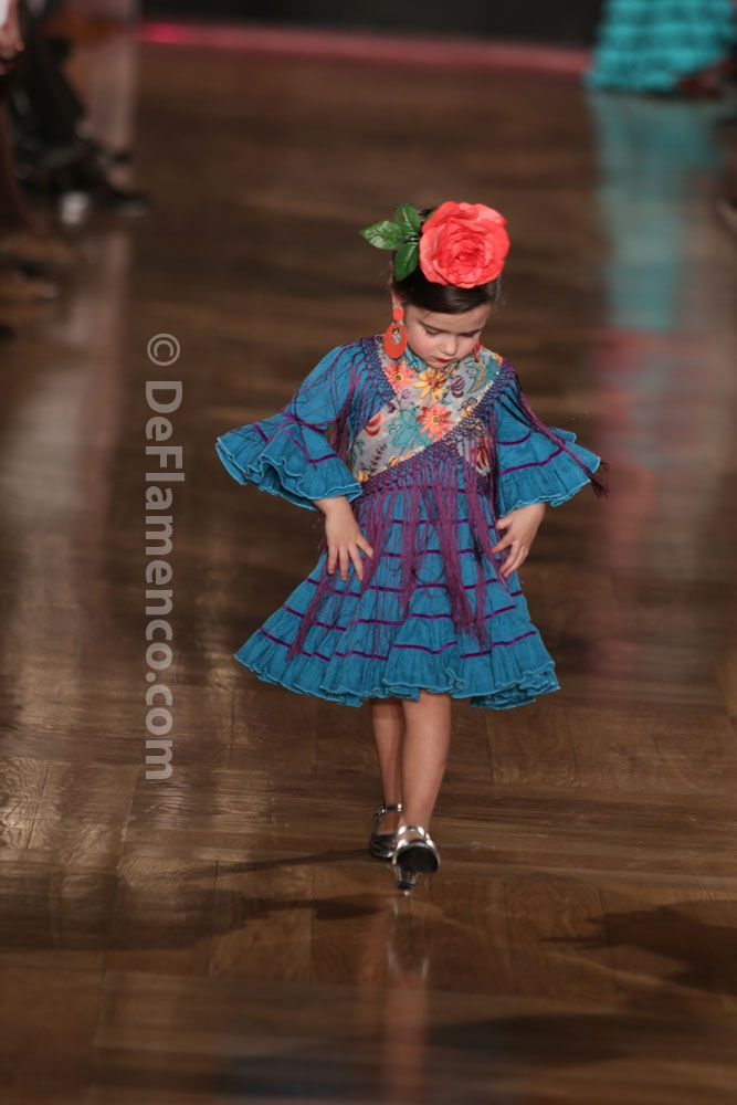 Fotografías Moda Flamenca - We Love Flamenco 2014 - Rocío Peralta- desfile infantil - Foto 04
