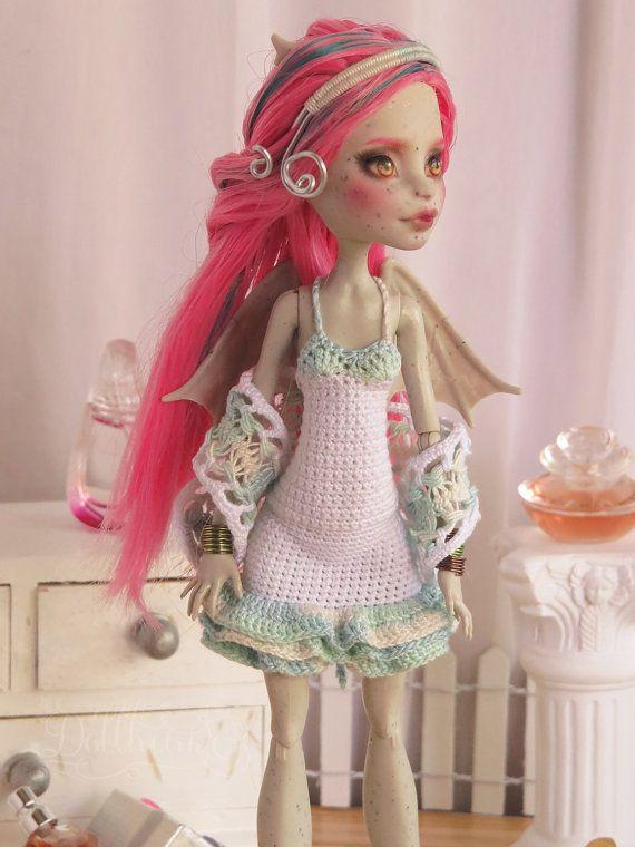 Monster hohe Crochet Lace Kleid mit Schal von Dollheimr auf Etsy