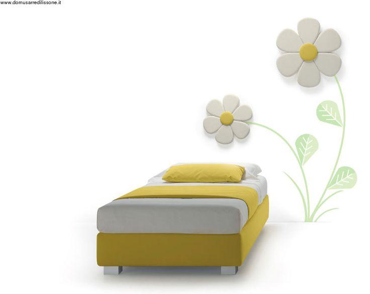 letto singolo imbottito con testata a fiore