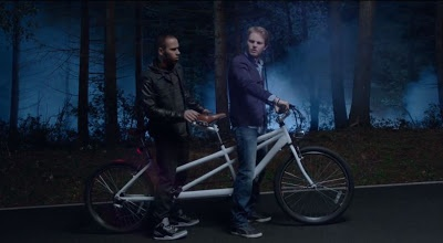 PinkSpeedBlog: ADVERTISING: Mercedes-Benz DOES IT better, with Nico Rosberg and Lewis Hamilton